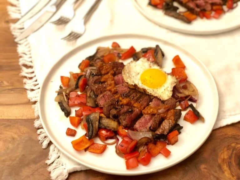 Steak With Enchilada Sauce by Green Chef