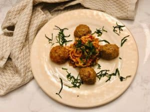 Turkey Meatballs & Linguine with Spicy Arrabiata by Freshly