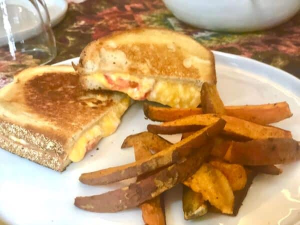 Review: Pimento Grilled Cheese Sandwiches by EveryPlate